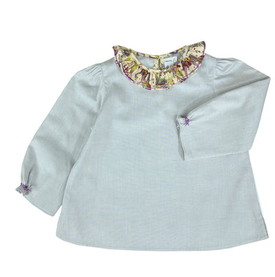Handmade long sleeve blouse with horse print Liberty scallop collar. Fastening system in the back with a mother of pearls button. A chic and timeless daywear style for toddlers and girls.