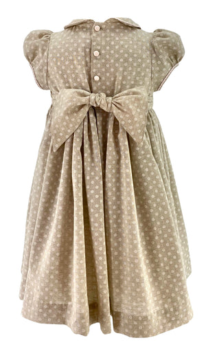 handmade-smocked-dress-girl-princessandthepea-spring-classic-frenchstyle-polkadot-beige