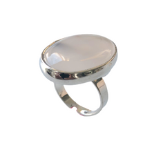 Load image into Gallery viewer, White Agate Ring