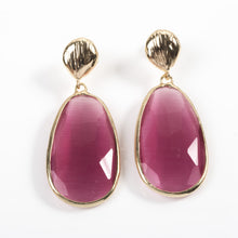 Load image into Gallery viewer, Pink Catseye Earrings