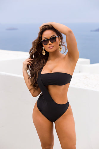 ATHENA MIDNIGHT ONE PIECE