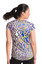 Load image into Gallery viewer, UV TSHIRT GARDENLATTICE BLUE