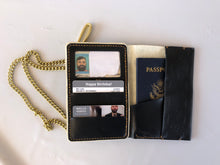 Load image into Gallery viewer, Polished Brass Wallet Chain