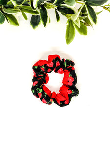 Scrunchie | Roses x Red