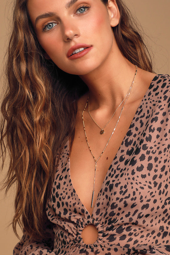 Simple Touch Gold Layered Necklace