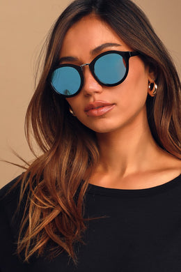 Style Guide Black and Blue Sunglasses