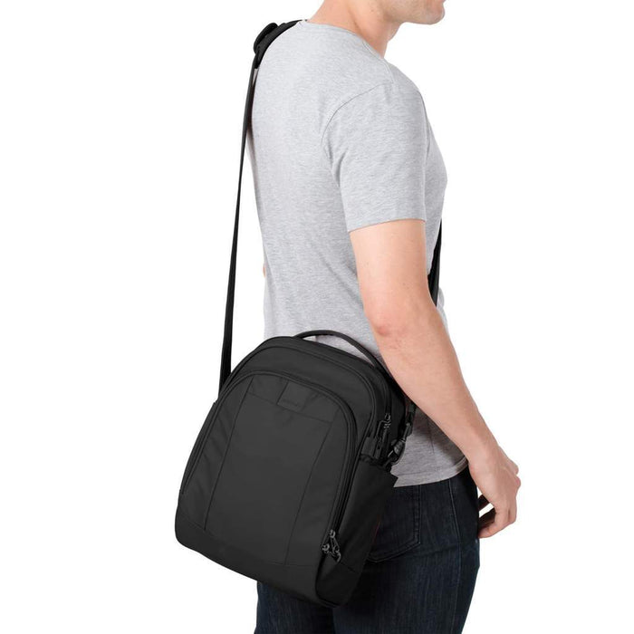 Pacsafe Metrosafe LS250 Anti-Theft Shoulder Bag