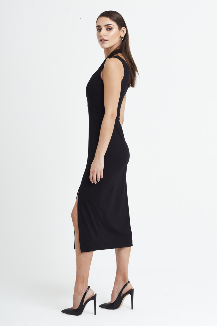 Curvature Dress in Black - Dresses