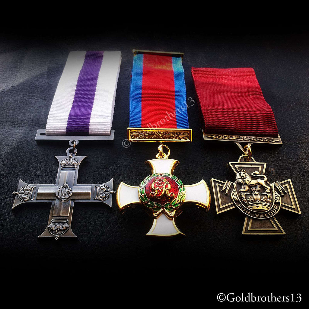 Military cross distinguished service order and Victoria cross medals set detail seven, British army medals