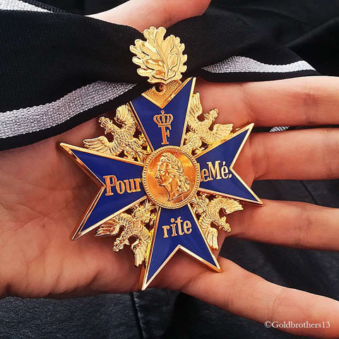 GRAND Pour Le Merite & Classic One 24k Gold Plated Blue Max With Oak Leaf Repro