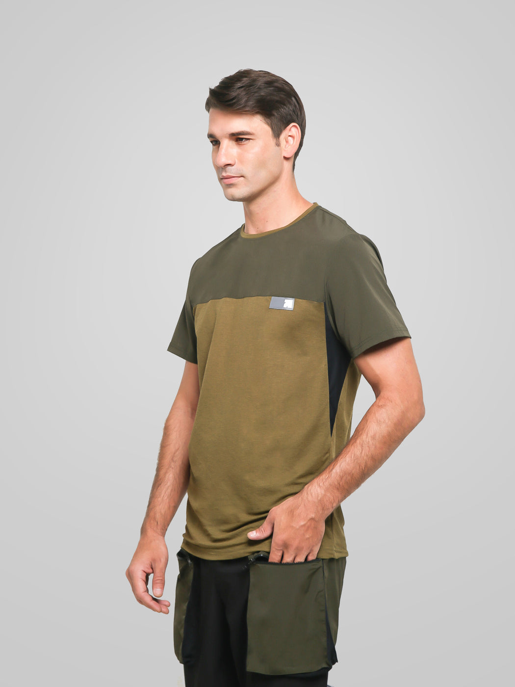 Unisex Ultimate Utilitarian Army Male T-shirt