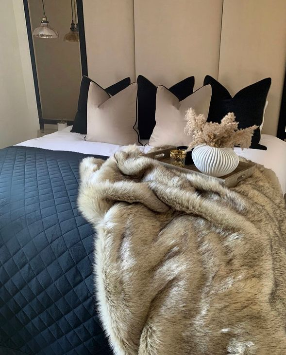 Luxury Neutral faux fur throw
