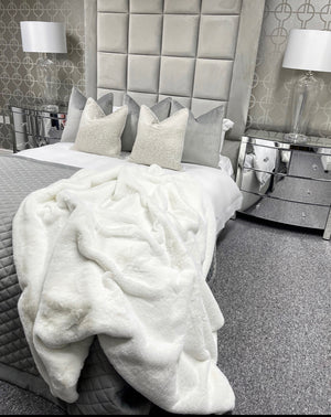White Super luxury faux fur throw - LIMITED EDITION