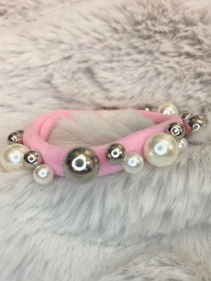 Black Colour Accessories One Size Black Colour Elastic Pearl Hair Tie Bracelet Pink With Pearls 5538 izzi-of-baslow