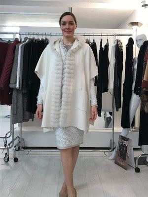 D.Exterior Coats & Jackets D.Exterior Winter White Knitted Cape 51121 3NEVE izzi-of-baslow