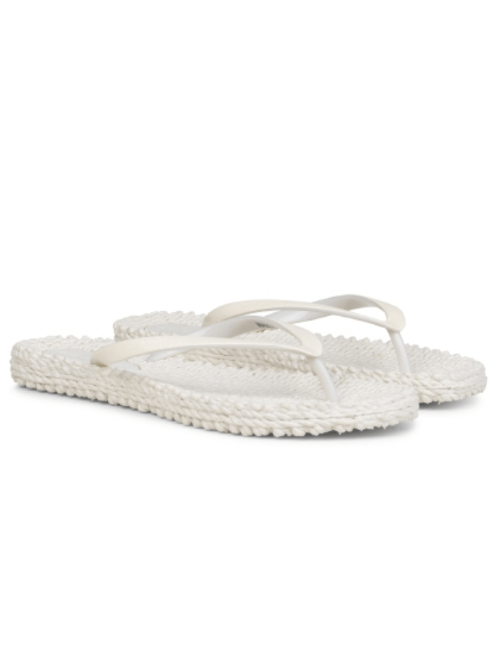 ilse-jacobsen-shoes-ilse-jacobsen-flip-flops-with-glitter-cheerful-01-creme-izzi-of-baslow