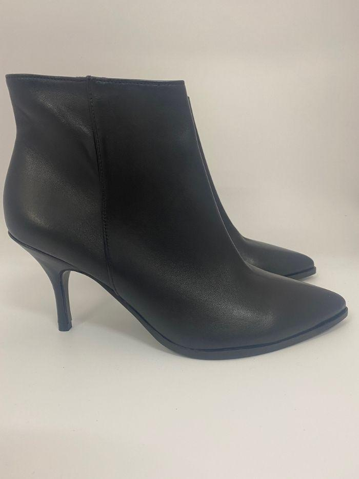 Kennel & Schmenger Shoes Kennel & Schmenger Black Leather Ankle Boot 21-77110-310 izzi-of-baslow