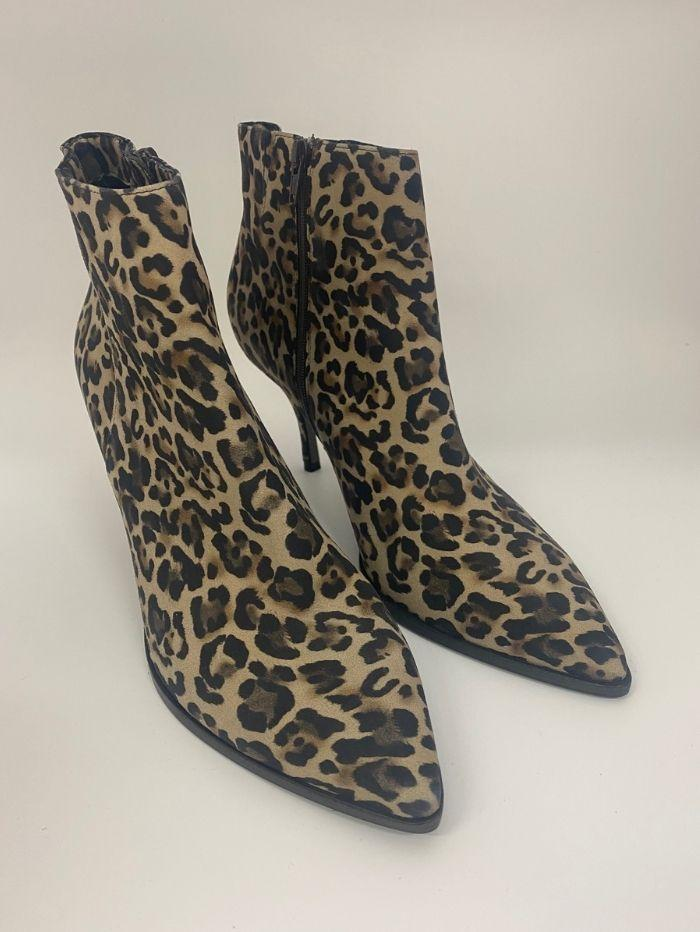 Kennel & Schmenger Shoes Kennel & Schmenger Leopard Print Ankle Boot 21-77110-374 izzi-of-baslow