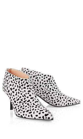 Marc Cain Shoes Marc Cain Ankle boots with animal pattern White and Black NB SB.13 L11 izzi-of-baslow