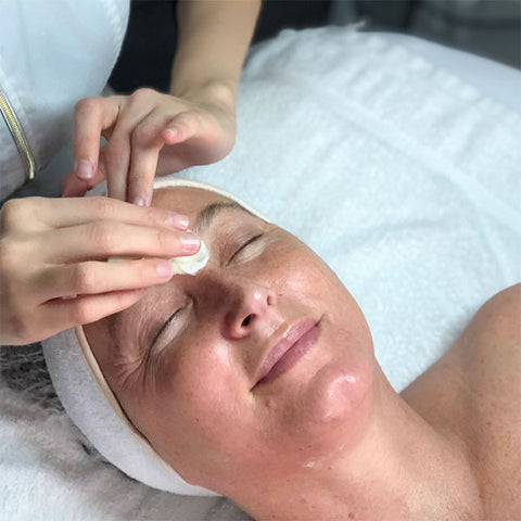 What Are the Benefits of Signature Facials?