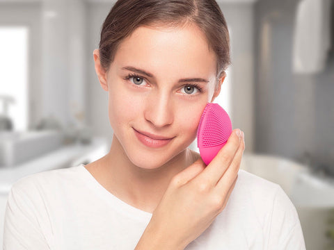 HOW IS FOREO TECHNOLOGY SUPPORTING THIS NEW NORMAL?