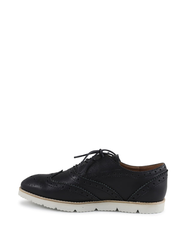 KRESTA - Flat Brogue