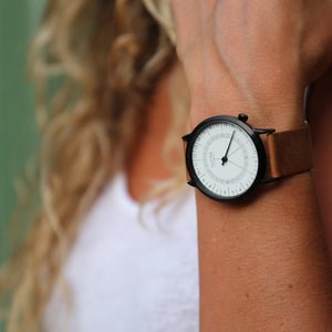 Gustave Montre 24H White - Black Leather