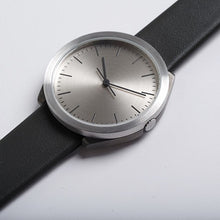 Load image into Gallery viewer, Normal Timepieces Hibi Ø38 Men's H21-L18BL