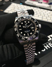 Load image into Gallery viewer, Blackout Concept GMT Driver H7-10 Automatic
