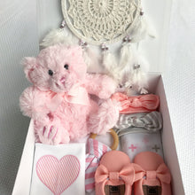 Load image into Gallery viewer, Farfallina gift box - baby girl gift box