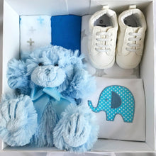 Load image into Gallery viewer, Cuore gift box - baby boy gift box
