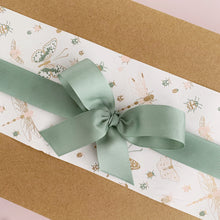 Load image into Gallery viewer, Ilaria Gift Box - Sweet Floral