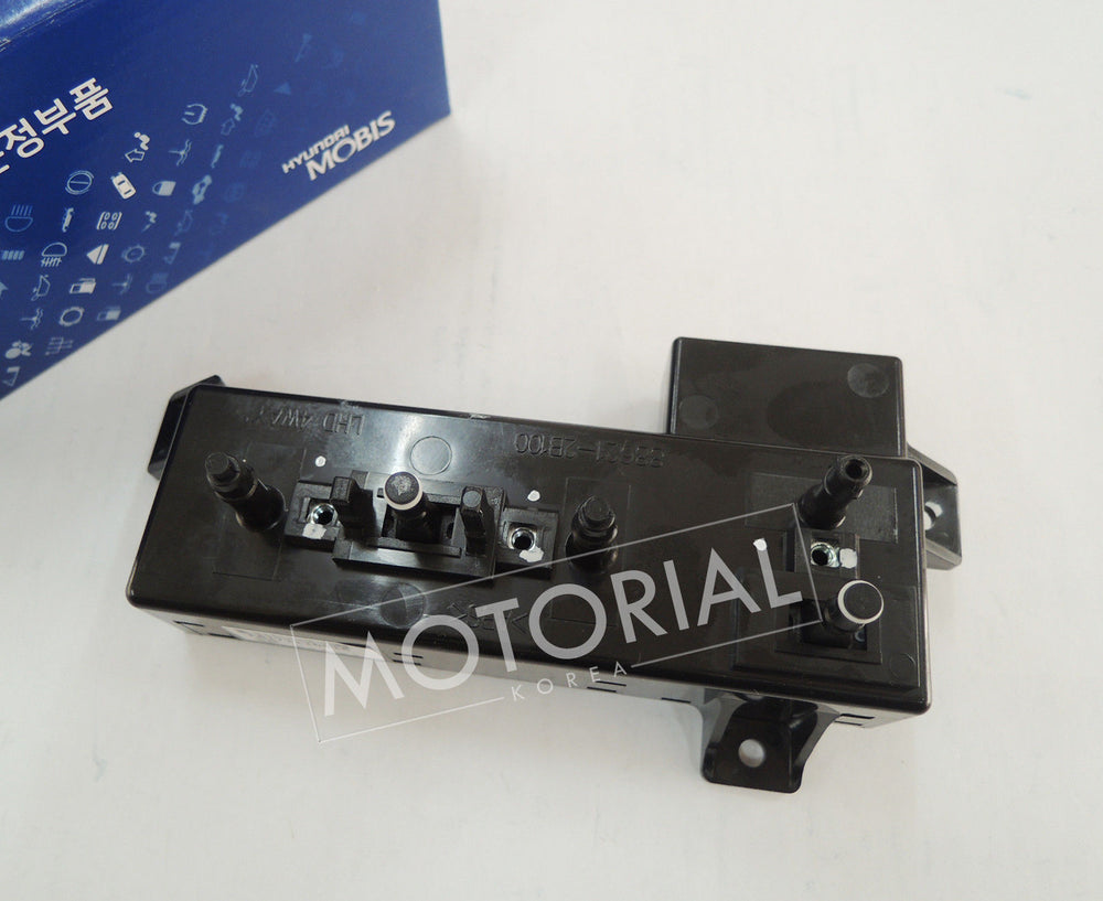2007-2012 HYUNDAI SANTA FE OEM Power Seat Switch Assy Front Right
