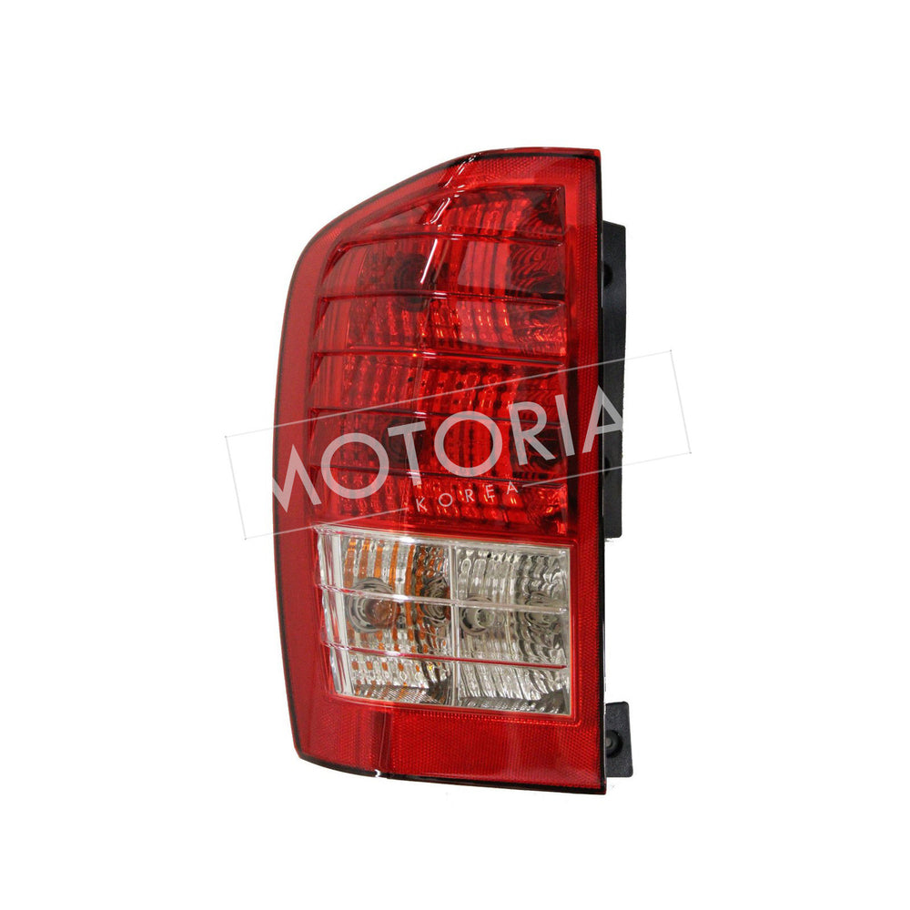 2006-2010 HYUNDAI ENTOURAGE OEM Rear Tail Light Lamp Assy Driver Left