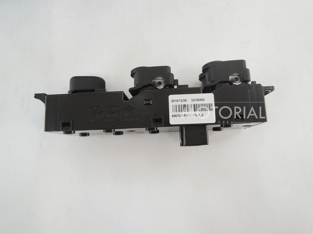 2011-2017 HYUNDAI ACCENT / SOLARIS Genuine OEM Front Main Power Window Switch