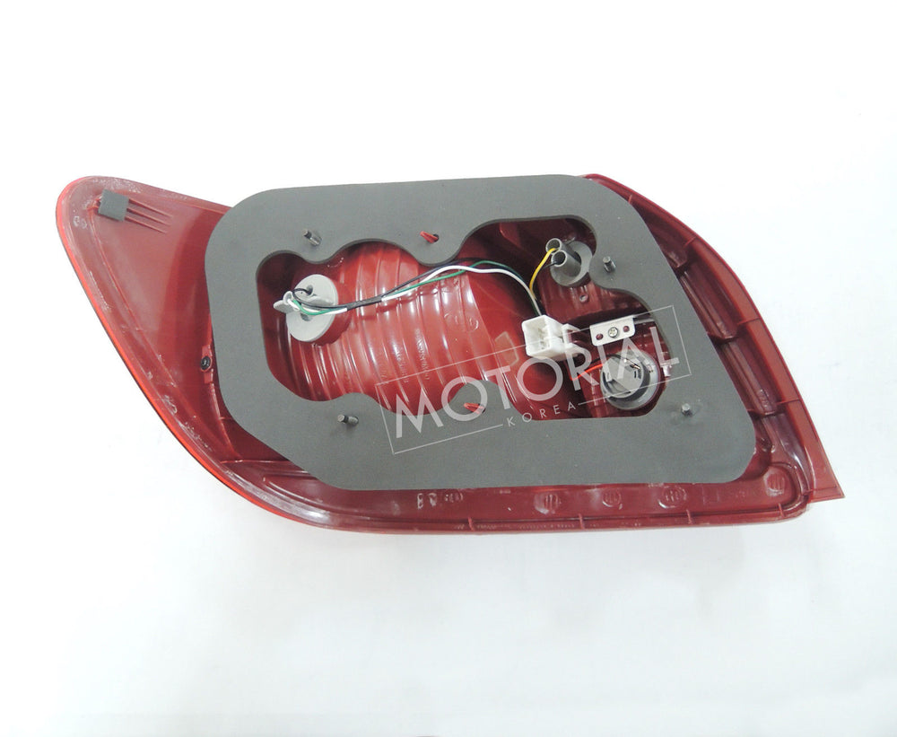 2006-2011 KIA RIO Genuine OEM Rear Right Brake Light Lamp 924021G000