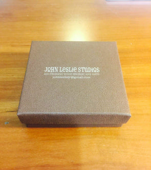 Extra Engraved Fiber Fill Gift Boxes. Perfect for Christmas Ornaments.