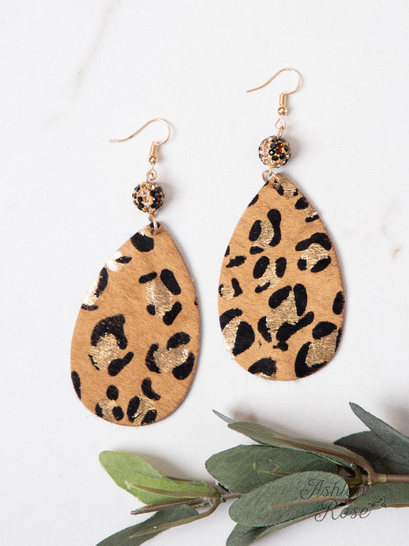 Delightfully Teardrop Shimmer Leopard Earrings