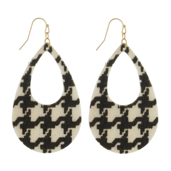 Houndstooth earrings - Crowned Boutique