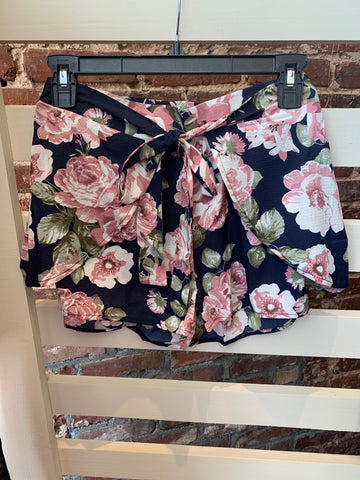 Navy Floral Tie Waist Shorts - Crowned Boutique