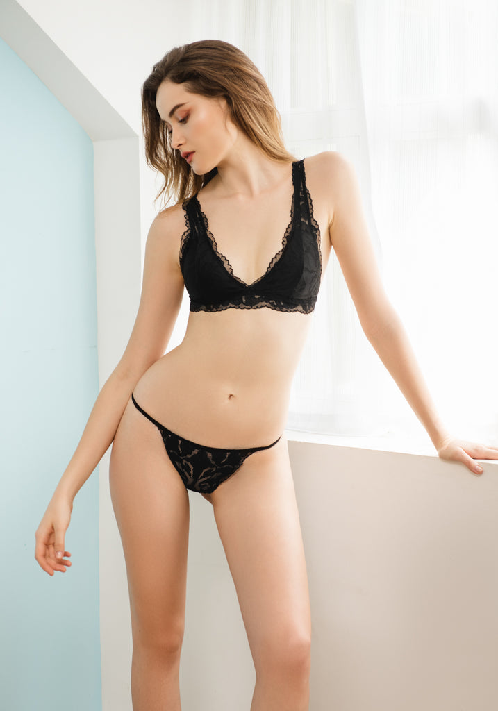 Allie in Lace Bralette in Black</em> - Reverie | reveriestudio.co