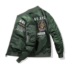 Load image into Gallery viewer, Flight wolf bomber jacket