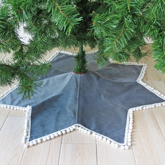 Sew Christmas tree skirt