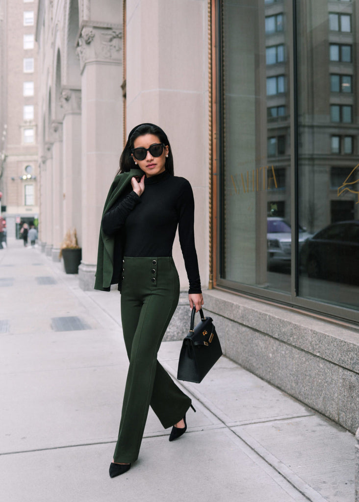Sleek stretch suit + my everyday black pumps