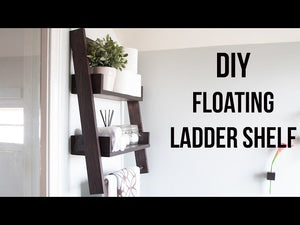 floatingladder #shelves #beginnerwoodworking A DIY floating ladder shelf that fits in perfectly with any decor or room