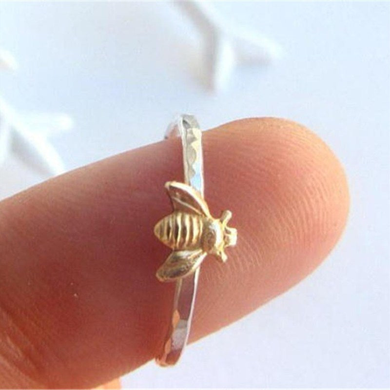 """Simple Bee"" Silver Ring"