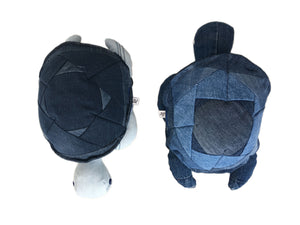 Rebellenclub Knuffel Recycled Jeans - Schildpad