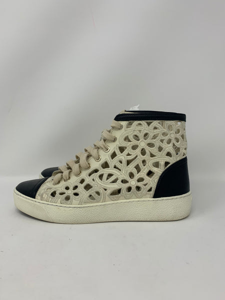 Chanel 13C hightop sneakers size 37