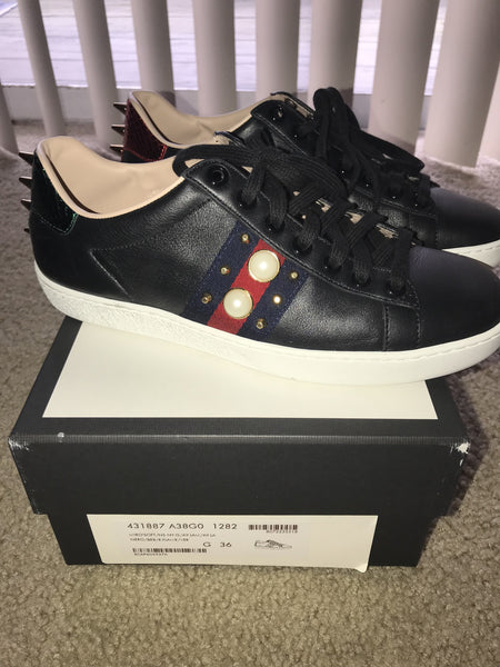 Gucci Sneakers size 36