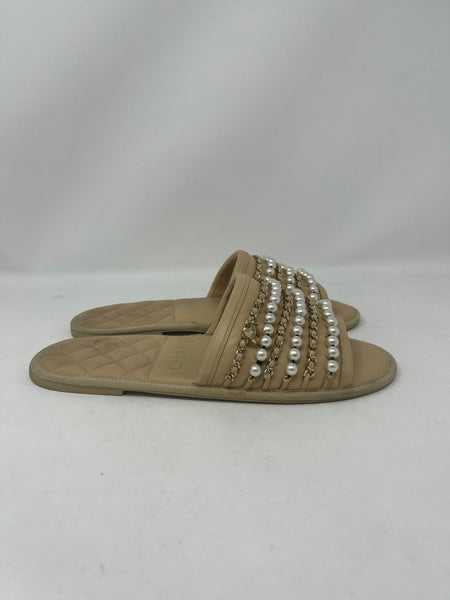 Chanel Chain and Pearl Slide Slippers size S